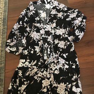 Spiritual gangster Kimono one size black floral